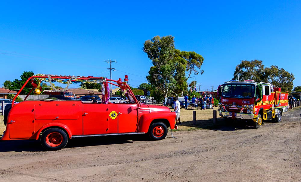 Lions running the free BBQ following the 2019 CFA Santa Run.